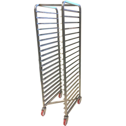 BAKERY RACK TROLLEY for STORAGE 40x60 20-rung Z-type Stainless steel Complete with 100mm PA/PU-wheel Rung distance 79mm Rung dimension 30x15x1,5mm