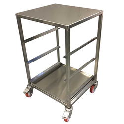 DISHWASHER RACK TROLLEY 50x50 4-rung with top-plate and drip-tray Complete with 100mm PA/PU-wheel 2 with brakes Stainless steel Rung distance 227mm Rung dimension 30x15x1,5mm